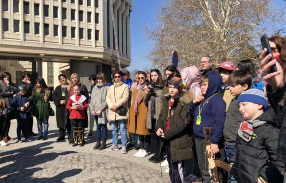 Детям из Абхазии рассказали о событиях Крымской весны